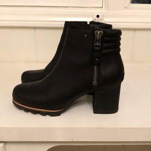 SOREL Danica booties Size 10.5